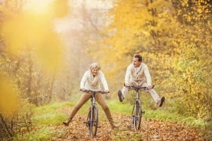 Cordyceps - využití u seniorů - fotografie dovádějících seniorů na kole